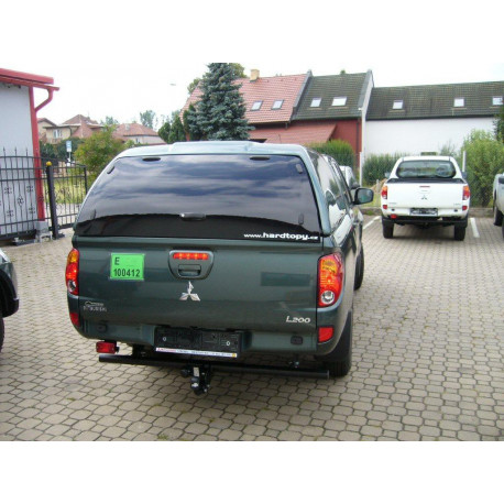 Fibreglass replacement door for CKT Mitsubishi L200 Work I / WindowsI